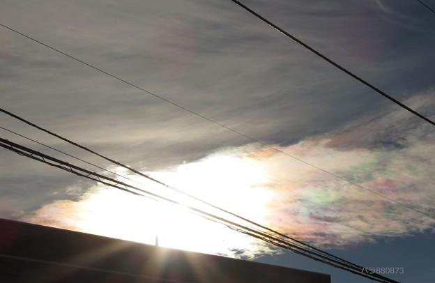 織物のようにゴージャスな彩雲!