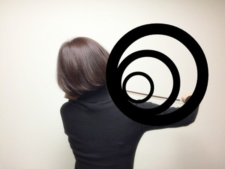 中野・江古田 バイオリン 個人レッスン ヴィオラ 吉瀬弥恵子 ワイズ音楽教室 右手で円を描きます