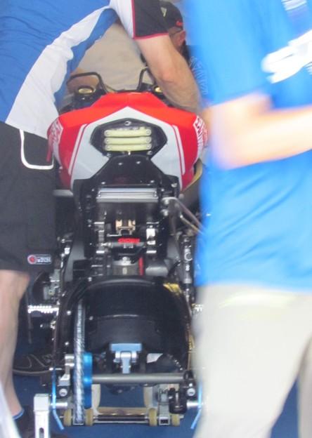 Photos: 30 2014 鈴鹿8耐 スズキ エンデュランス アンソニー デラール エルワン ニゴン ダミアン カドリン