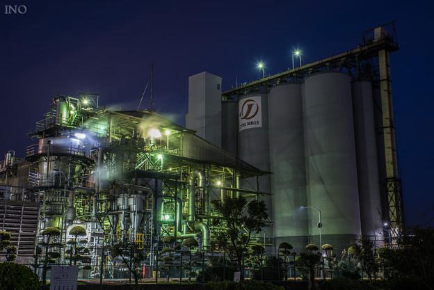 プチ工場夜景