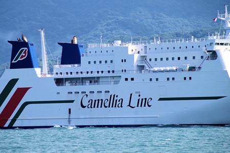 関門海峡を航行する客船(彦島)2