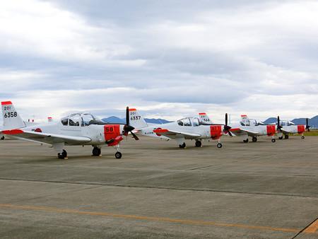 T-5 初等練習機