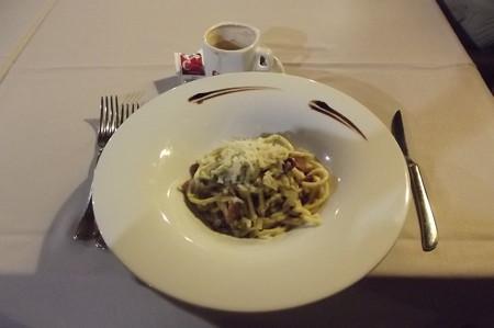 グッビオ・レストラン0122